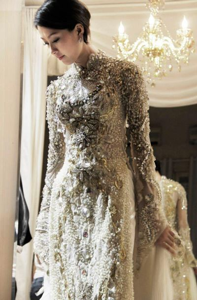 Tips to dress Ao Dai beautifully - Bliss Viet Nam - The Best Wedding ...