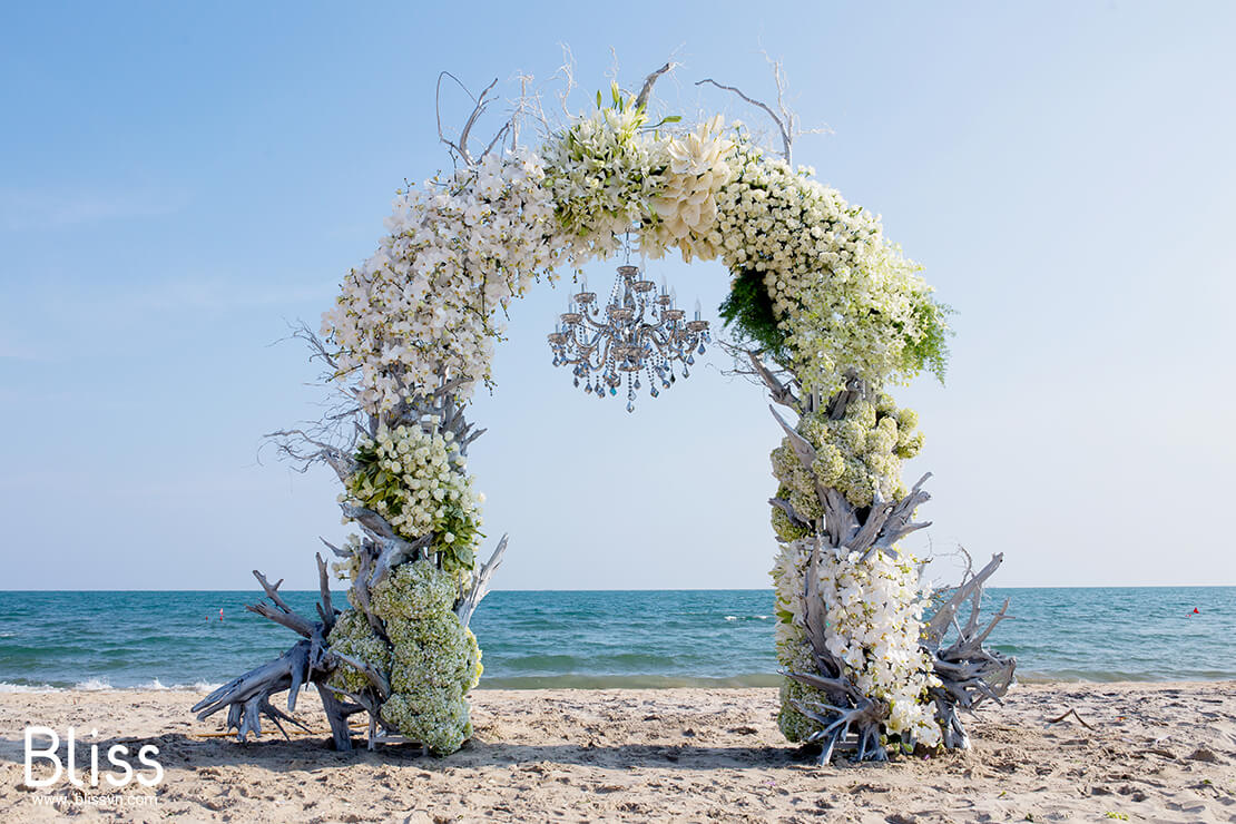 The best beaches suitable for destination wedding in Vietnam